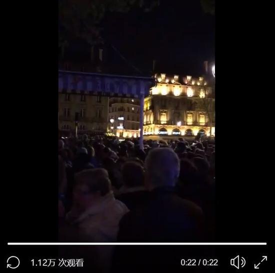 """760年高龄巴黎圣母院烧成炼狱 法国痛哭""""国殇"""""""