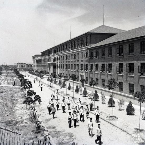 △1959年拍摄的西迁后的交大校园。