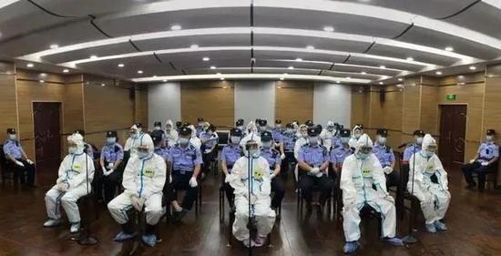 「杏悦」连公安局长杏悦都是他的保护伞被传唤竟对纪图片