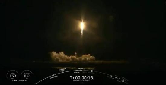 "Space X官网直播""龙""飞船发射画面"