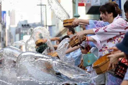 中国游客在日本人均消费最高的地方居然是个村?