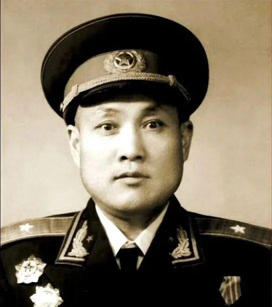 4天两位开国将军逝世图片