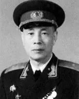 中国飞行员唐铎