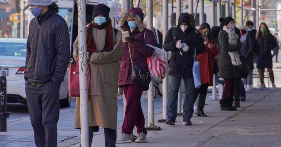 纽约呈现新冠病毒检测代排营业 时薪涨至80美圆