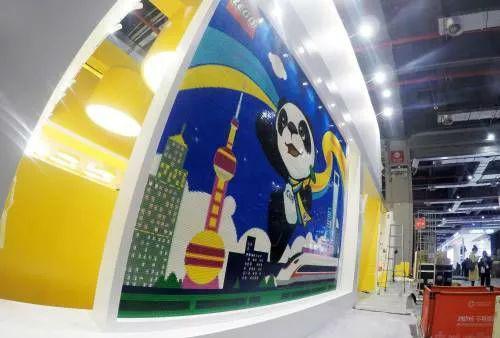 ▲首届中国国际进口博览会主会场(新华社)