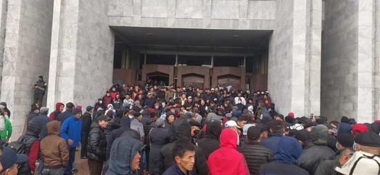 吉尔吉斯斯坦反对派将组建新政府