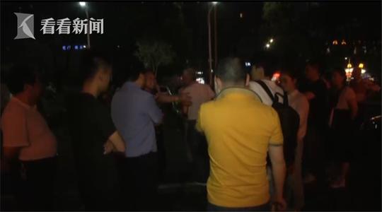 经过民警调解,双方化解了误会,打人者向小邹道了歉。