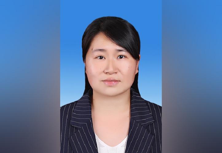 42岁彭映梅当选四川雅安市市长