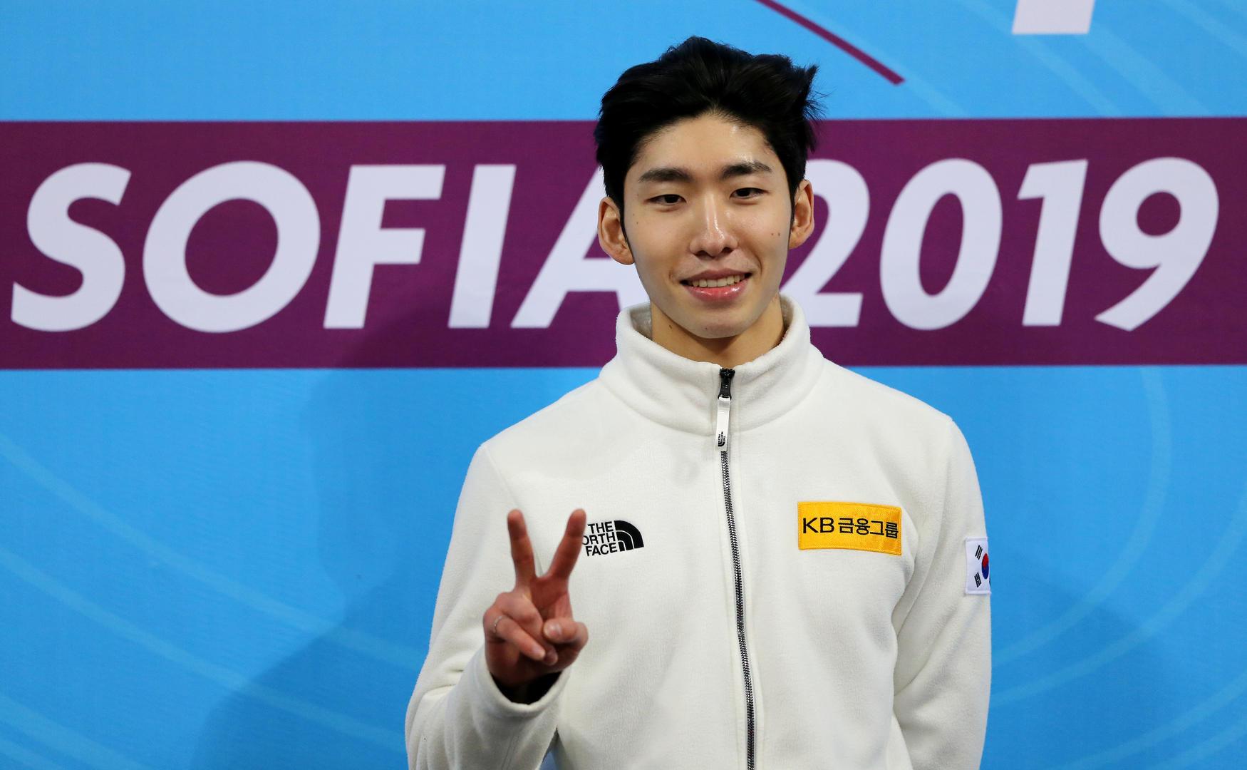 韩国短道速滑奥运冠军被曝入籍中国 经纪公司回应图片