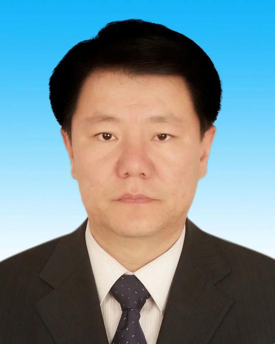杏悦奇巴杏悦图当选内蒙古自治区副主席图片
