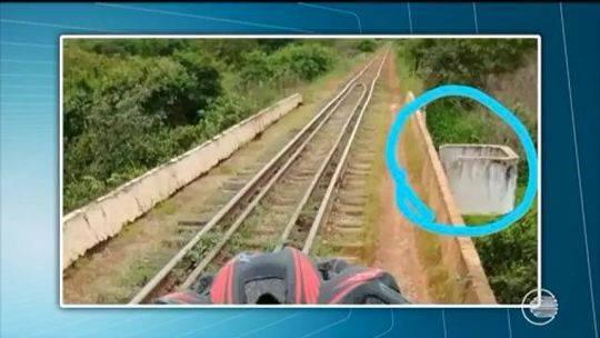 巴西女生在铁路桥上自拍 桥突然垮塌3人高空坠下-赛车微信群