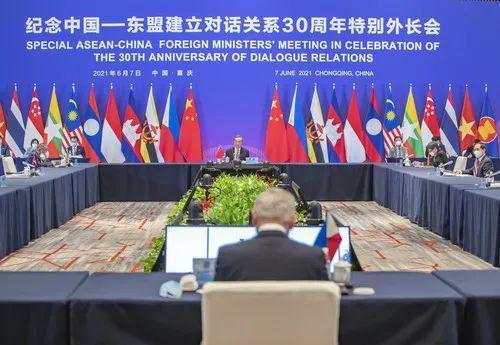 中美与东盟两场外长会 对比鲜明!图片