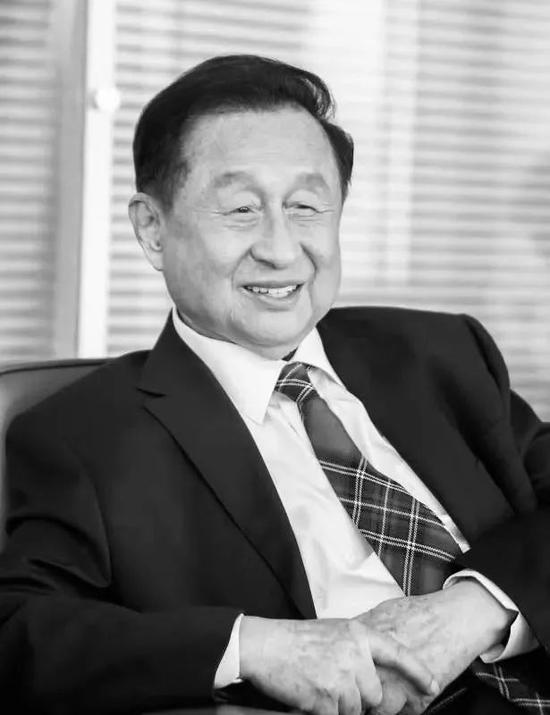 中国著名经济学家、原国家体改委副主任高尚全逝世