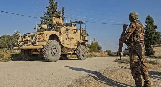 美国在叙利亚驻军资料图图源:法新社