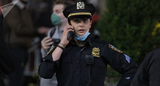 新年前一天,一名联合国外交官在纽约公寓内死亡