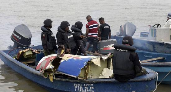 尼日利亚发生超载沉船事故,约140人下落不明