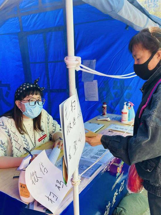"""北京东城4000余名下沉干部重返""""战位""""对抗疫情图片"""