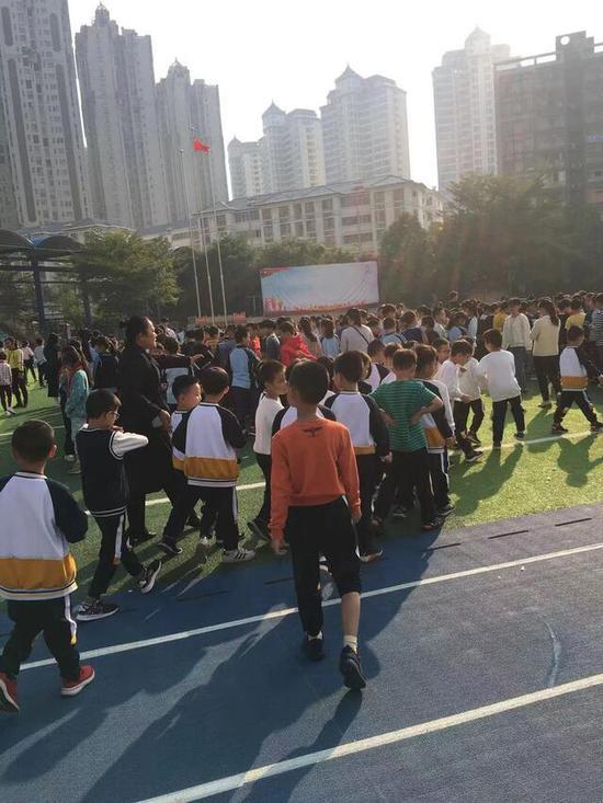 老虎机注册送11 致敬经典 新浪对话2019上海设计周晶耀前滩包豪斯迷宫特展