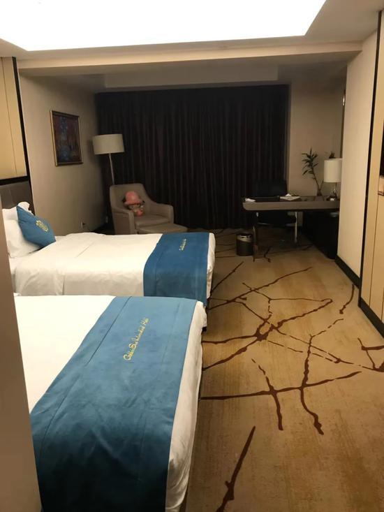 归国人员被安置在西安某宾馆。