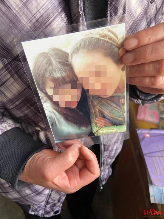 """一个21岁女孩的""""非正常死亡"""":被录""""打小三""""视频后发现死亡,遗体存放殡仪馆近五年"""