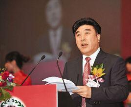 全国政协委员、香港中华文化总会会长