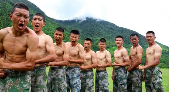 赢咖3官网西赢咖3官网藏军区抓格斗训练用力中午图片