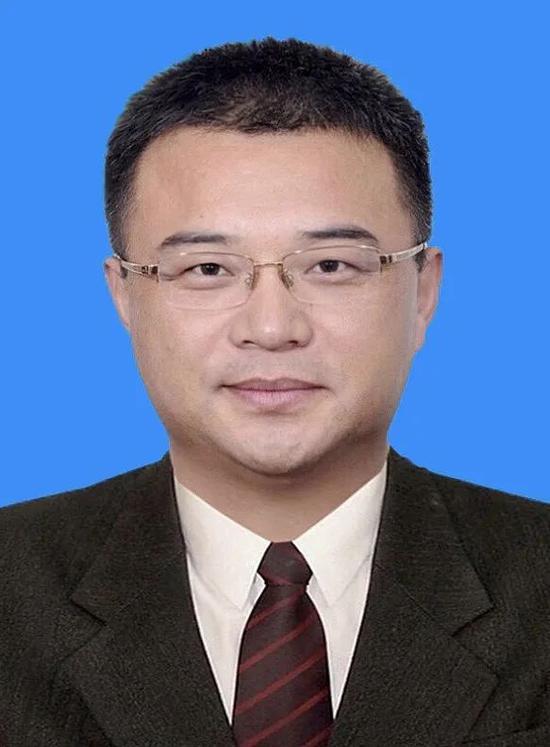 「摩天注册」务局局长陈佳资已任摩天注册国管局党组成图片
