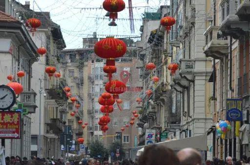 补壹刀:从打骂华人到感激中国,意大利人180度大转变!图片