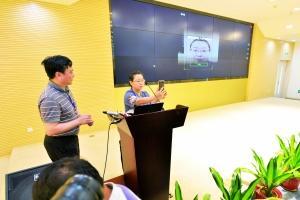 市民殷女士自助完成视频认证。