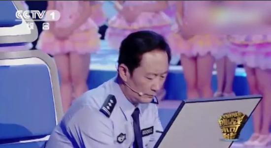 """盈丰苹果客户端·""""掘金""""老城更新,""""最小城区""""崛起17幢""""亿元楼宇"""""""