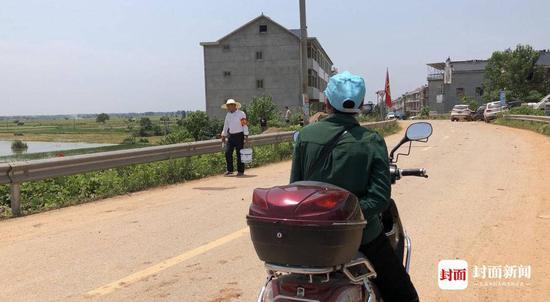不能回家,周素林(假名)预备骑车脱离