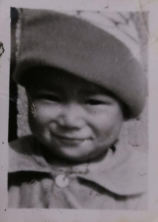 ↑汪大姐親生兒子三歲時的照片