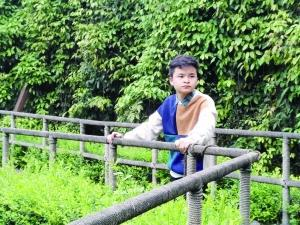 汶川地震中被全国人民牵挂的孩子 后来怎么样了韩胜妍 尼坤