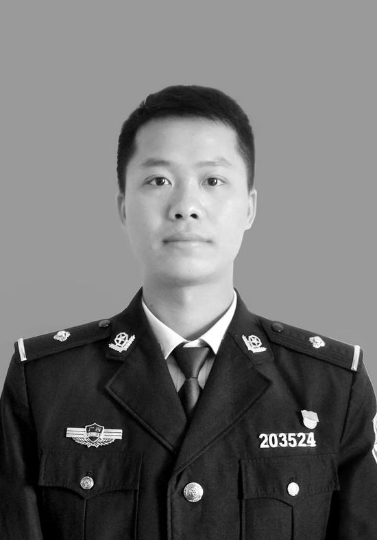 押送嫌疑人返程途中遭遇车祸 广西28岁警察韦勇吉因公牺牲