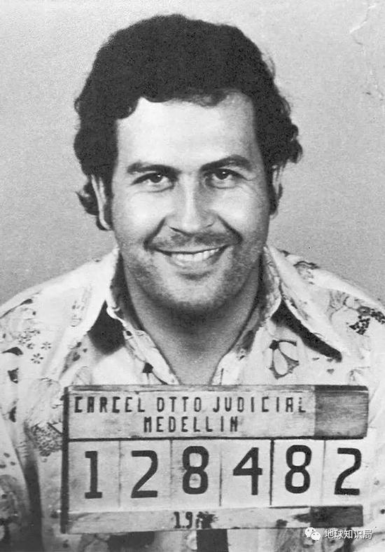 超級毒梟埃斯科巴