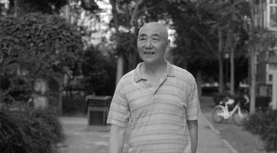人大荣誉一级教授周新城逝世,享年86岁图片