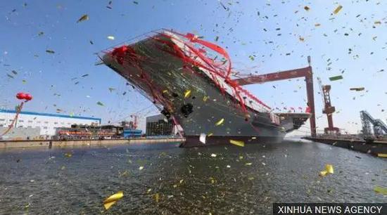 我国第一艘国产航母下水