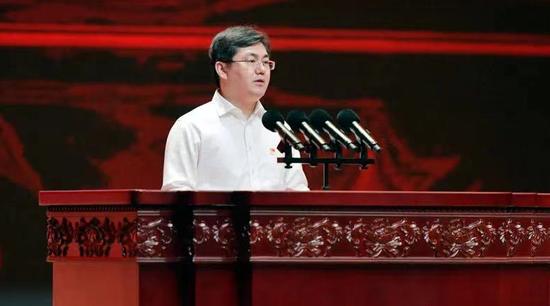 他成广东最年轻省领导图片