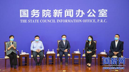 关键时刻,中国医生以这种方式走向世界图片