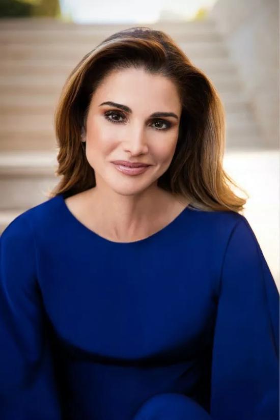 约旦王后拉尼娅。照片由王后办公室提供。
