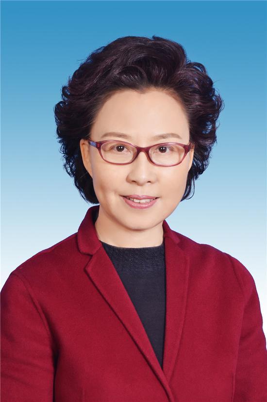 张妹芝当选河北省人大常委会副主任(图/简历)图片