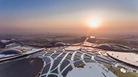 建立中的新机场