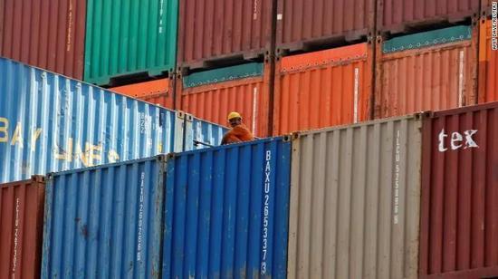 ▲在印度宣佈增稅前,美國已對印度鋼鐵和鋁等商品增稅 (圖via CNN)