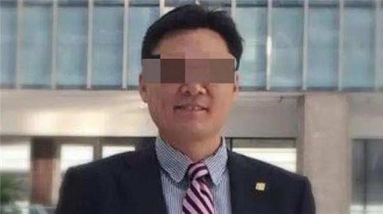 荔枝新闻:高管性侵养女案,期待权威调查驱散疑云