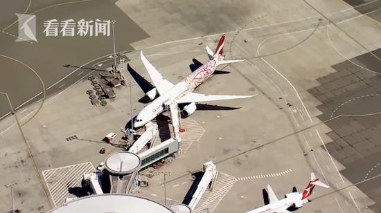 """航程7小时!澳航""""无目标地""""参观航班悉尼降落(图3)"""