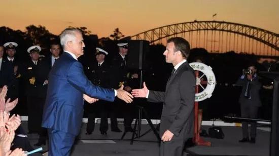▲5月1日至3日,法国总统马克龙访问澳大利亚。图为马克龙与澳总理特恩布尔会面。(法新社)