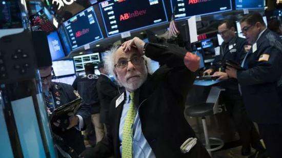 ▲从贸善争端末了尾,中美之间的举触动邑在股市上拥有所反应。(盖帝图像)