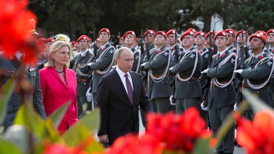普京将赴奥地利女外长婚礼 眼镜蛇特种部队参与安保