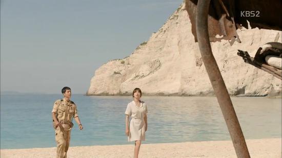 《太阳的后裔》取景地发生山体滑坡 游客惊慌逃散