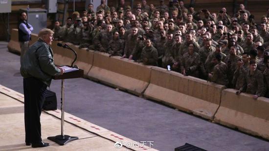 特朗普在伊拉克说:美国不能再做世界警察